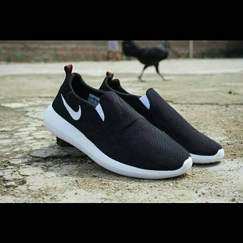 harga Nike rosherun sloop / sepatu couple / sepatu gunung / sneakers Tokopedia.com