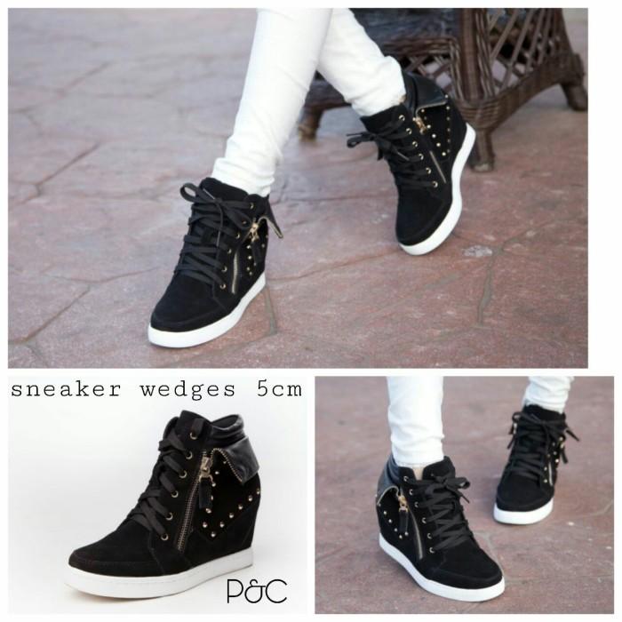 Jual Sepatu Sneakers Wedges Wanita Hitam Boot Sleting Suplier Sepatu ... ba2d825a2b