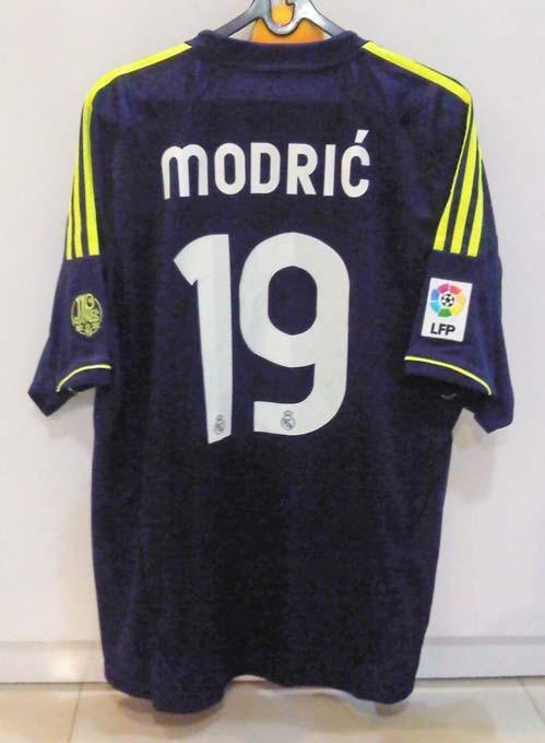 half off 1cf59 4c8d0 Jual Jersey Modric Real Madrid 2012/13 Away Original - Kota Surabaya - Kaen  Ratjun | Tokopedia