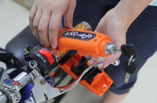 ... harga Grip lock capslock griplock sepeda motor gowes kunci gembok stang rem Tokopedia.com