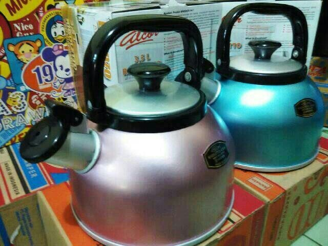 harga Teko bunyi rigoletto maspion 3,5 l alcor / whistling kettle (murah) Tokopedia.com