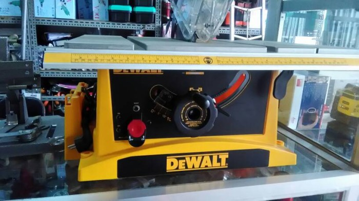 harga New/promo/mesin potong kayu duduk 10 /table saw/dewalt dwe 7470 Tokopedia.com