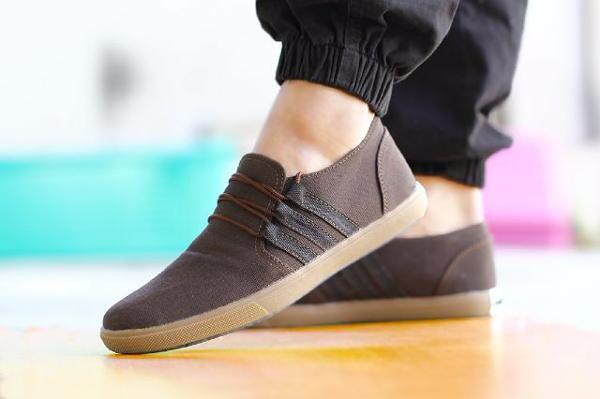 Jual Promo Sepatu Adidas Casual Kerja Slop For Termahal Timberland