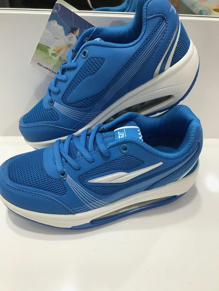 Jual Obral! Sepatu Olahraga Wanita kaya shape ups ESP - OutdoorSPLY ... d8c845754c