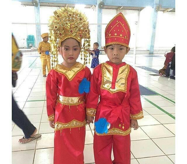 99 Gaya Baju Tradisional Padang Anak Paling Hist