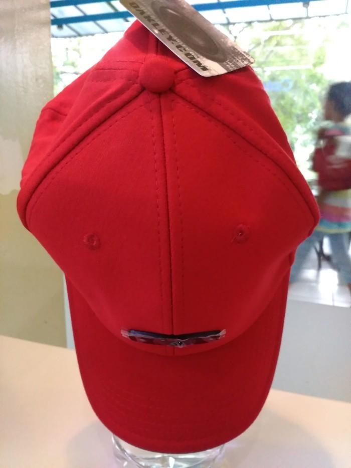 harga Topi baseball cap metal black o original oakley Tokopedia.com