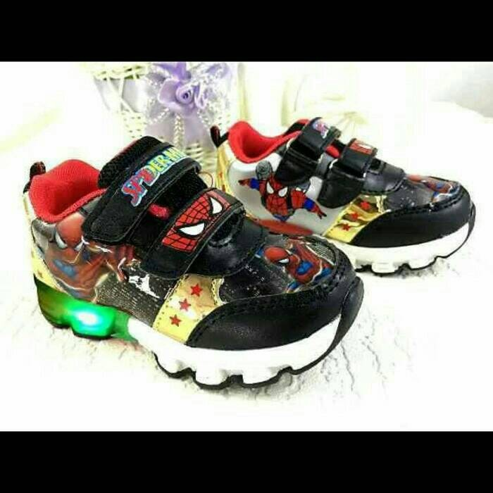 harga Sepatu walker anak laki-laki import spiderman hitam strap ada lampu Tokopedia.com