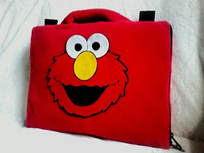 harga Elmo merah 10  &11-12inchi softcase tas sarung laptop netbook notebook Tokopedia.com