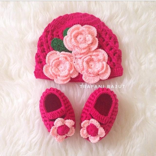 harga Topi rajut bayi dan sepatu rajut bayi prewalker Tokopedia.com