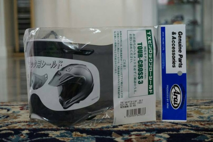 Foto Produk KACA VISOR HELM ARAI TOUR X 3 DARK SMOKE dari arfperformance