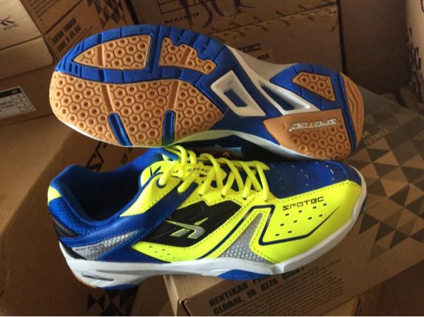 Jual Sepatu Badminton SPOTEC DOUBLE HIT - Orion Hyperstore  21e38fba24