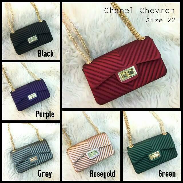 Jual Tas Chanel Chevron Size M  Mini Bag Chanel  Tas Mini Lucu Tas ... c6c2ed6eb7