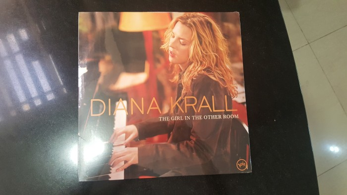 harga Diana krall the girl in other room  lp vinyl piringan hitam 100% baru Tokopedia.com