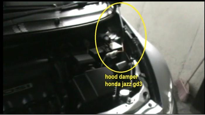 harga Hood damper per kap mesin shockbreaker honda jazz gd3  2003-2008 Tokopedia.com