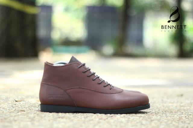 harga Sepatu casual pria murah ori bennett brodo kulit asli coklat Tokopedia.com