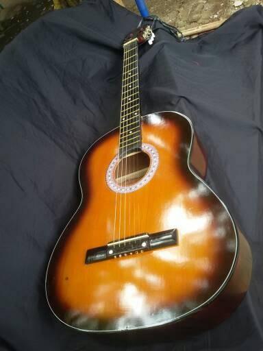 harga Gitar akustik yamaha custome Tokopedia.com