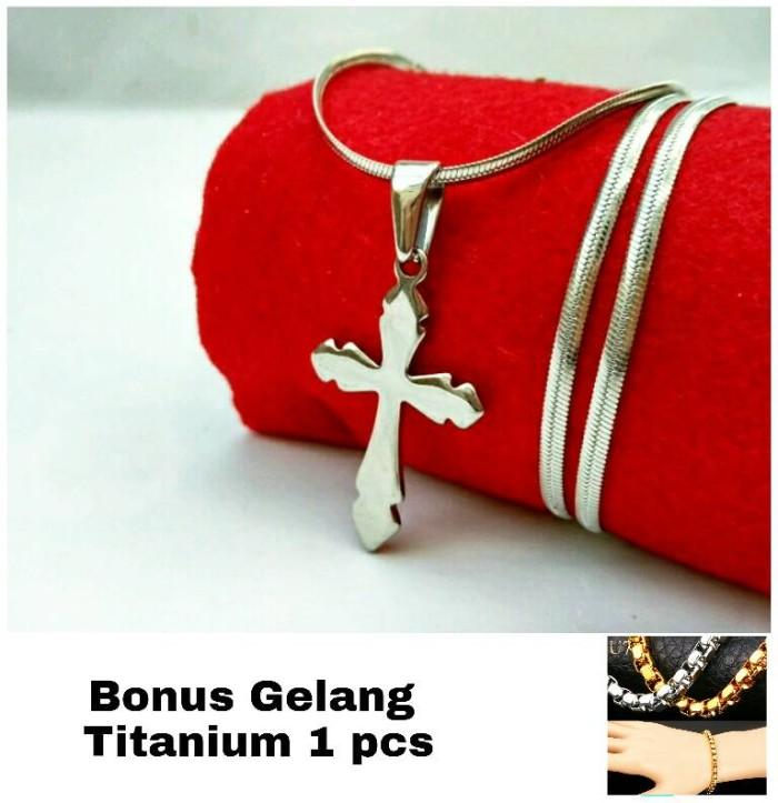 harga Kalung titanium liontin salib polos silver pria Tokopedia.com