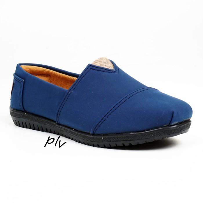 harga Sepatu flat shoes flatshoes murah ala toms / wakai - navy Tokopedia.com