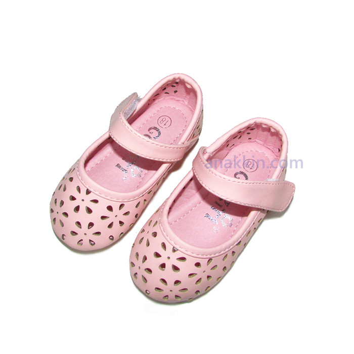 harga Korean gg girl walker shoes   simple princess   sepatu pesta   anak  Tokopedia. ca56a9e9bb
