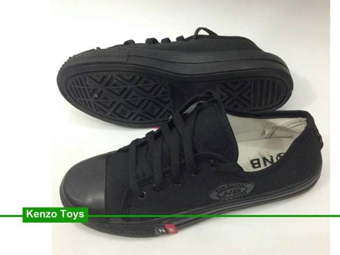 ... harga Sepatu sekolah anak pria wanita nb tali pendek full hitam converse  low Tokopedia 7b875063ab