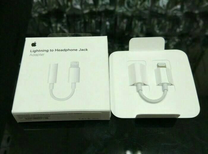 harga Converter apple iphone 7 jack audio headset original 100% Tokopedia.com