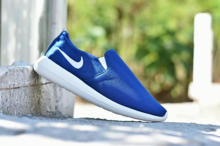 harga Sepatu sport nike roshe run slip on / casual running pria / rr 12 Tokopedia.com