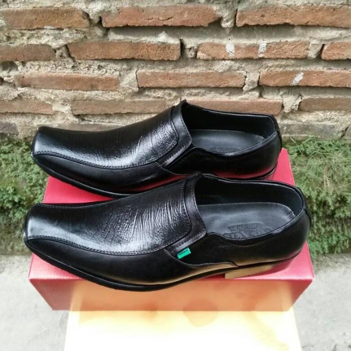 ... harga Sepatu formal pria  sepatu pantofel kickers kulit asli fk-603  Tokopedia.com b11cc55fab