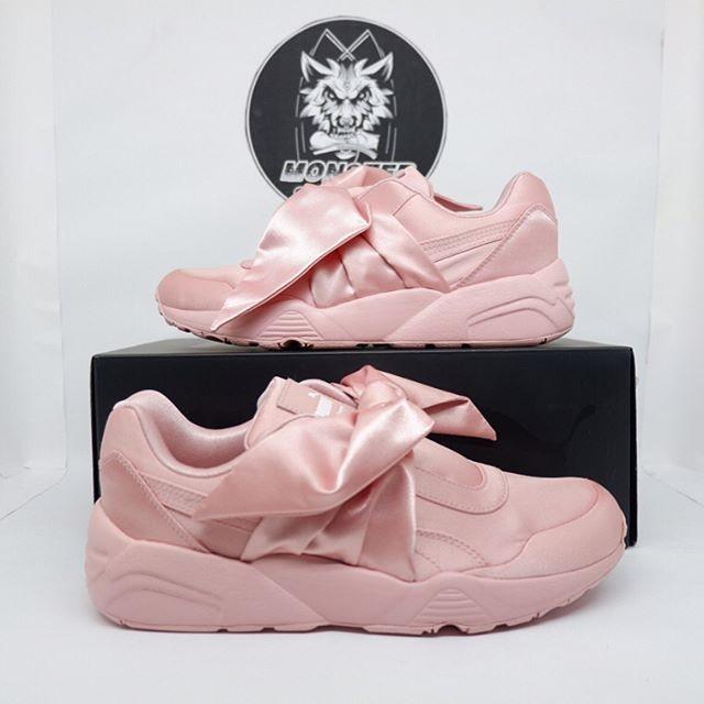 separation shoes dd8c0 06b00 Jual Puma Fenty Bow X Rihanna - DKI Jakarta - Monster_sneakers | Tokopedia