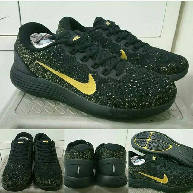 newest collection d9e81 21b8b Sepatu Nike Lunar Glade 9