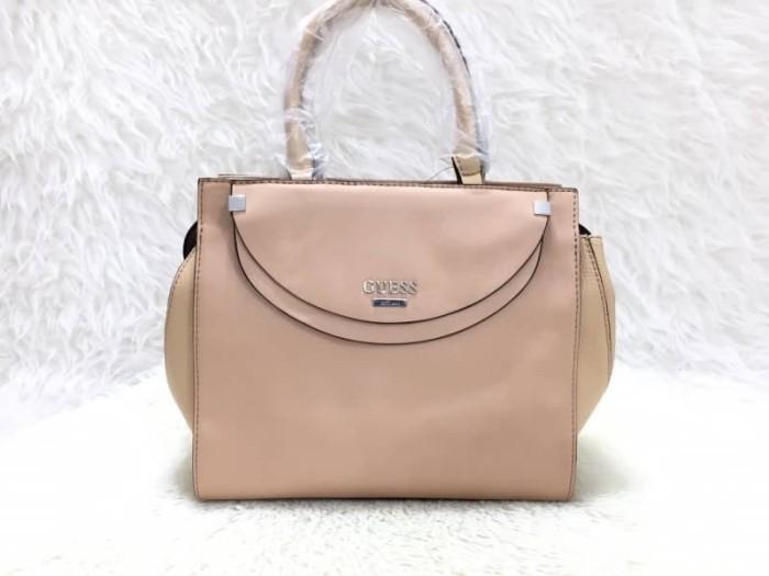 03027140fe Jual Tas Import Wanita ORIGINAL GUESS Ambasador Handbag - Cream ...