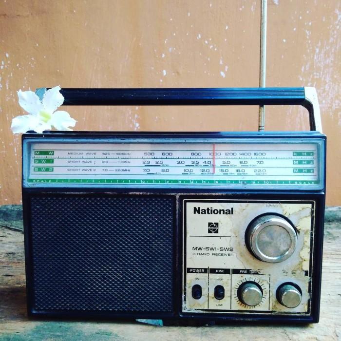 harga Radio antik national kondisi on hidup jadul langka barang antik Tokopedia.com