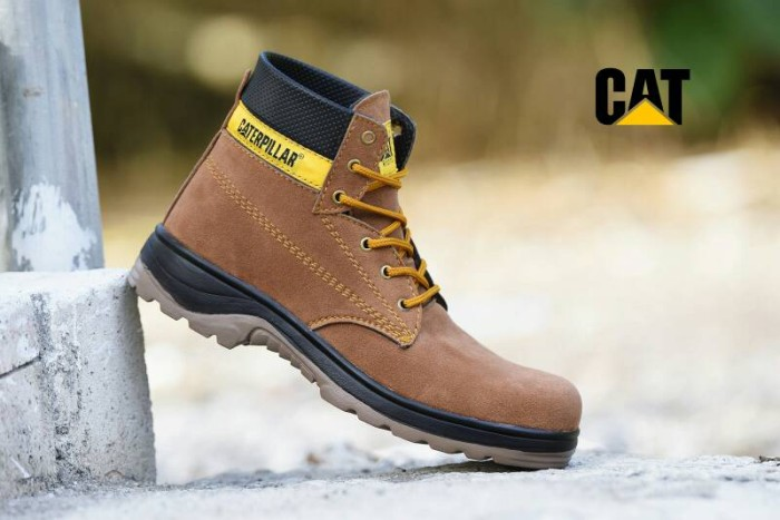 harga Sepatu outdoor caterpillar boots coklat muda   touring pria   cat 03  Tokopedia.com d27d40fb3b