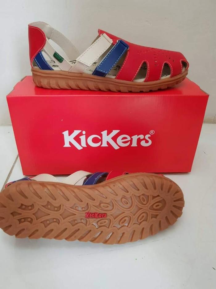 Sepatu kickers wanita new terbaru arriv