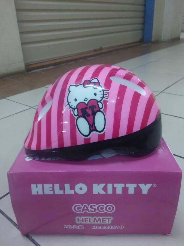 harga Helm sepeda atau main sepatu roda untuk anak motif hello kitty Tokopedia.com