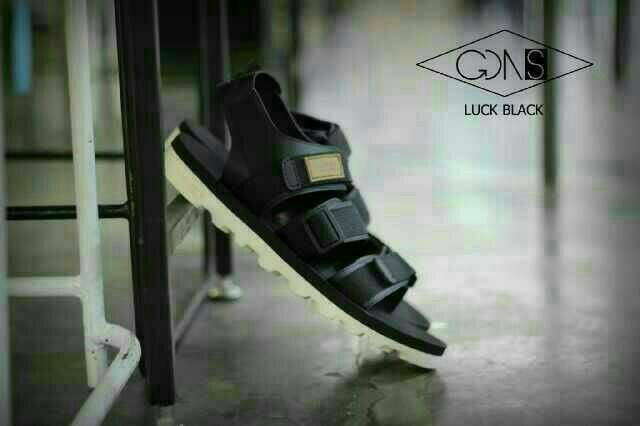harga Sandal gunung casual pria goodness original black and cream premium Tokopedia.com