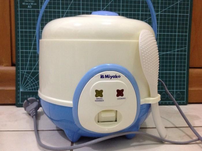 Foto Produk Rice Cooker - Miyako - MCM-606A (Capacity 0.6 L) dari Cipta Trading