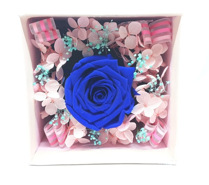 Bloom Box Dark Blue Rose Beauty Preserved Flower Uk 10 x10 cm
