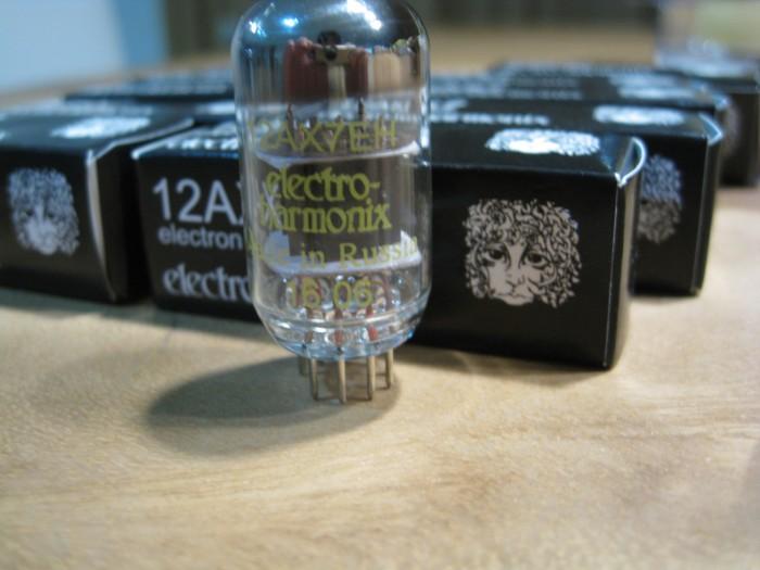 harga Electro harmonix eh 12ax7 ecc83 tube valve tabung preamp ecc803 baru Tokopedia.com