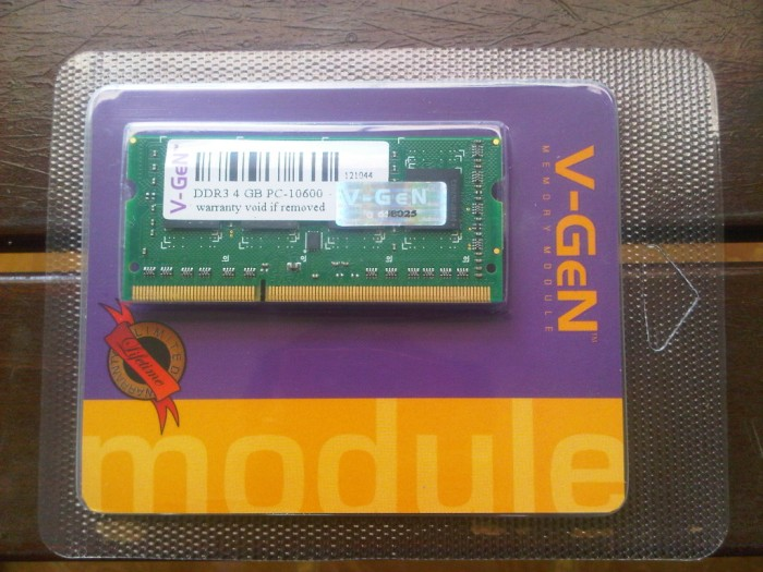 Memory RAM V-Gen DDR3 2GB PC-10600/1333 So-Dimm (Untuk Laptop)