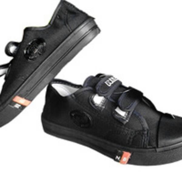 harga Sepatu anak sekolah tk sd smp nb full hitam velcro murah ori Tokopedia.com