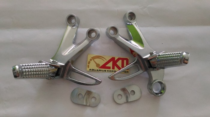 harga Step gantung satria fu 150 besi silver chrome footstep belakang fu Tokopedia.com