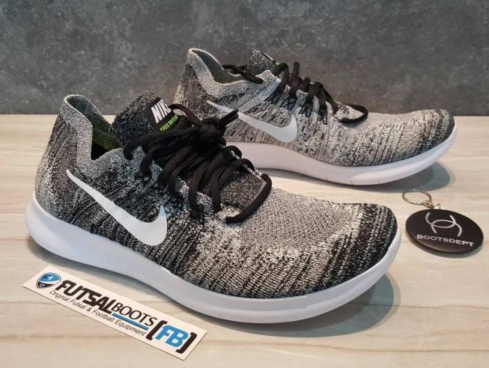 hot sale online 4b3b0 70eee ... black sepatu running premium gym efe01 66ac2  real nike free rn flyknit  2017 oreo fec02 a530a