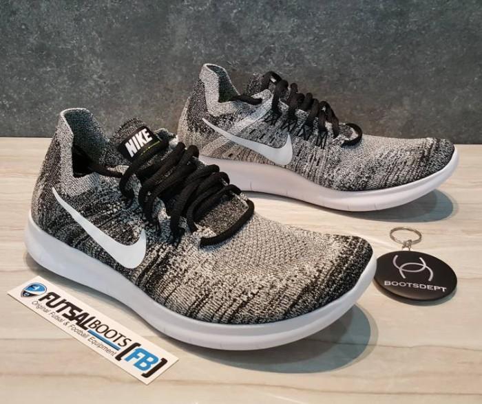 Jual Nike Damenns Free Rn Flyknit 2017 Oreo Kab. Tangerang Futsal Bootsboots Dept | Tokopedia