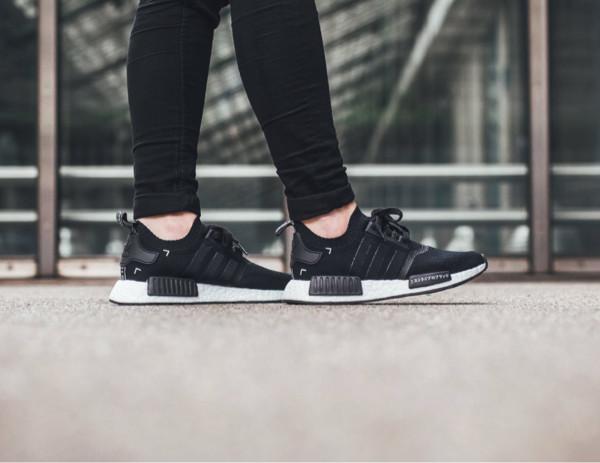 Adidas nmd r1 japan pack black white sneakers pria sepatu premium
