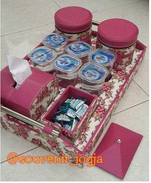 harga Toples set 2in1 permen dan tisu motif Tokopedia.com