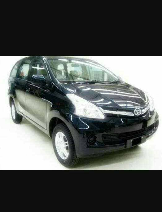 Peredam hitam Ekslusive kap mobil Daihatsu Xenia