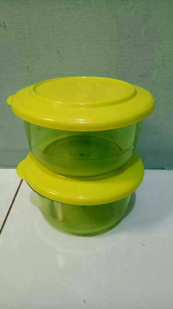 ... Tupperware Table Collection 450ml 2pcs