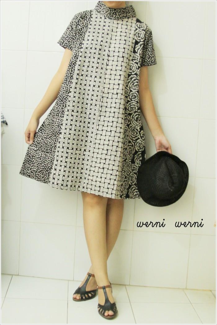 Jual Dress Batik Turtle Neck Kelengan 1 - Werni Werni Kebaya  7307ec7297