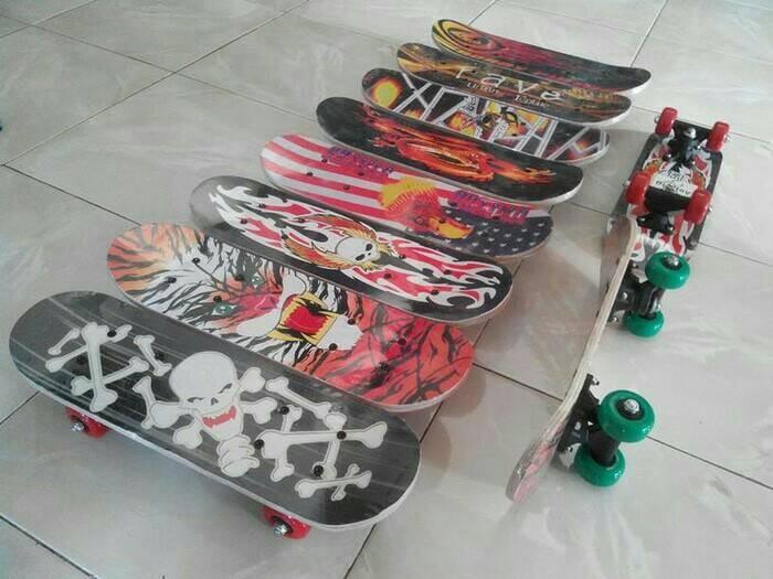 harga Papan seluncur skateboard anak/skateboard mini Tokopedia.com