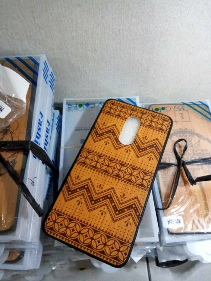 harga Case wood motif batik xiaomi redmi note 4 case motif etnik mediatek